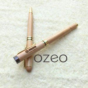 Bút gỗ nắp đậy khoen vàng BG022