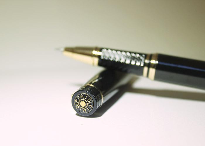 Gợi ý giúp chọn bút ký tặng sếp dễ dàng hơn