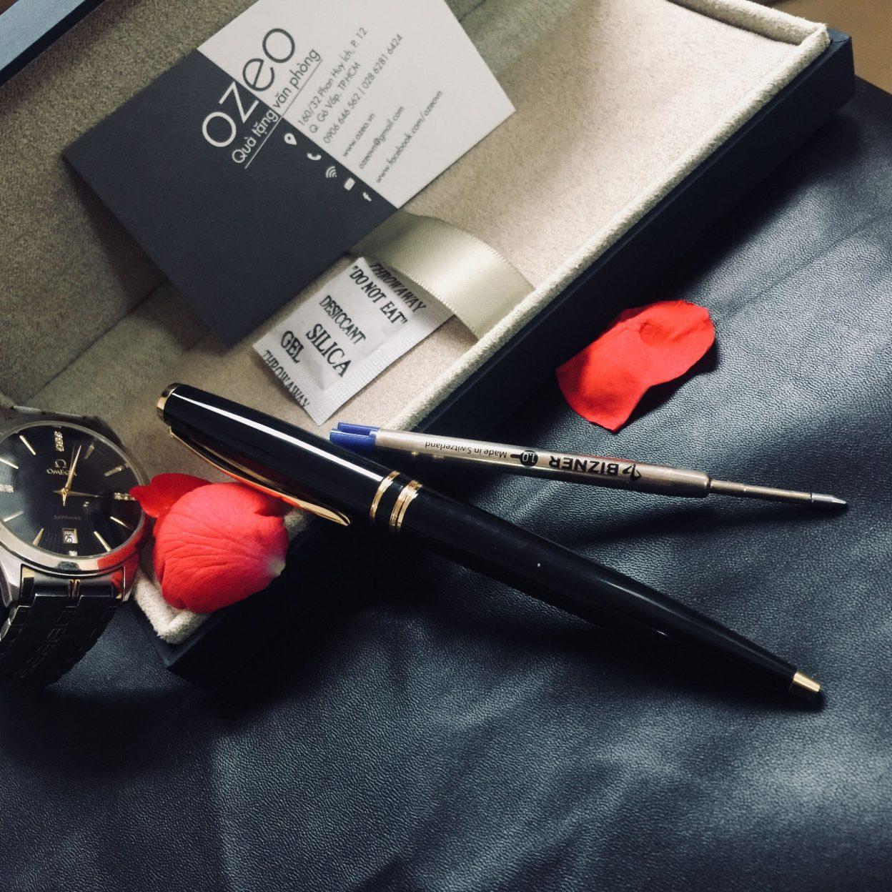 Vì sao doanh nghiệp nên chọn bút bizner làm quà tặng