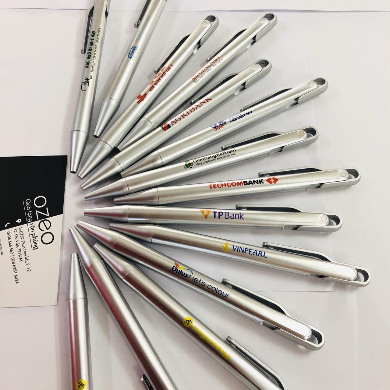 Bút bi quảng cáo in logo Công ty - BP2015 màu bạc