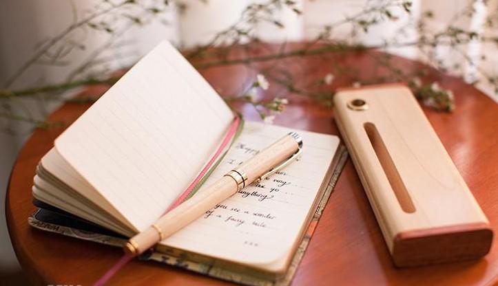Bút gỗ là quà tặng ý nghĩa nhất đối với thầy cô giáo
