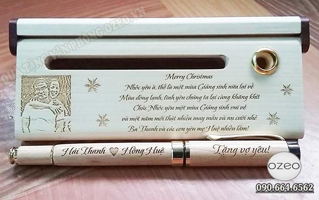 Hộp bút gỗ khắc chữ theo yêu cầu - quà tặng Merry Christmas