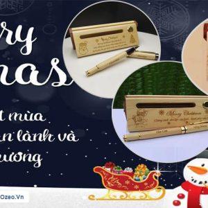 Quà Tặng Bút Gỗ Khắc Chữ Merry Christmas Mừng Giáng Sinh