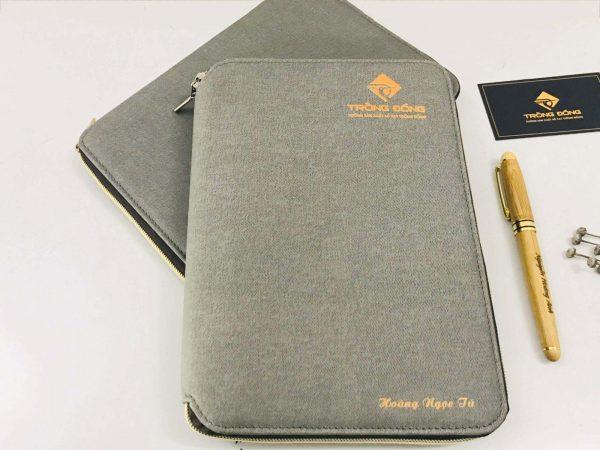 Sổ còng A5 da PU in logo thương hiệu là quà tặng doanh nghiệp độc đáo