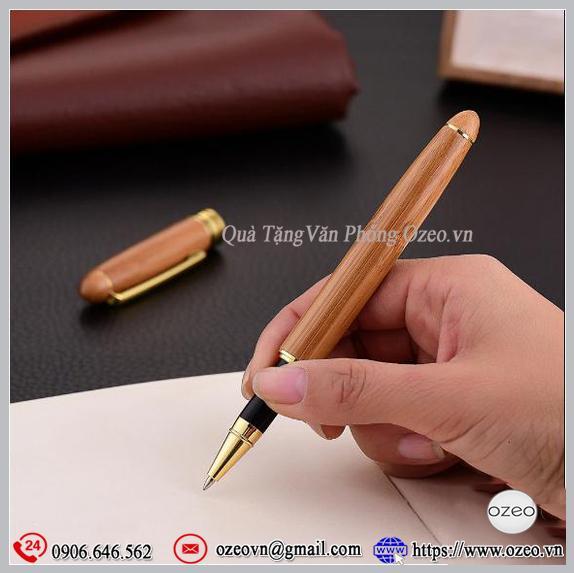 Mẫu bút gỗ tre BG062 làm quà tặng độc đáo