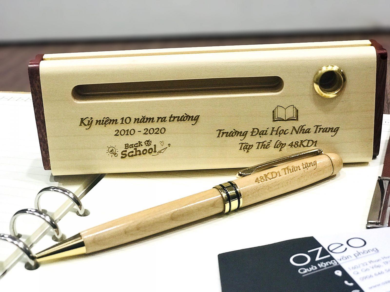 Bộ bút gỗ khắc tên, khắc chữ làm quà tặng thầy cô, quà tặng họp lớp
