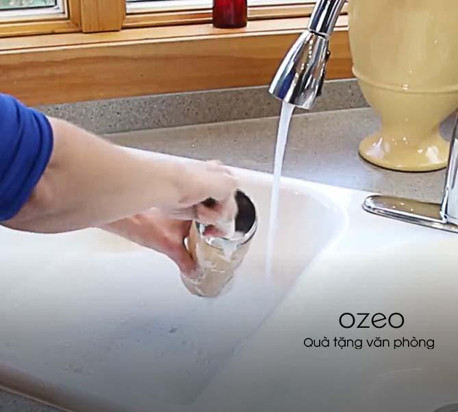 Cách vệ sinh và khử mùi hôi mốc cho bình giữ nhiệt gỗ tre tại nhà.