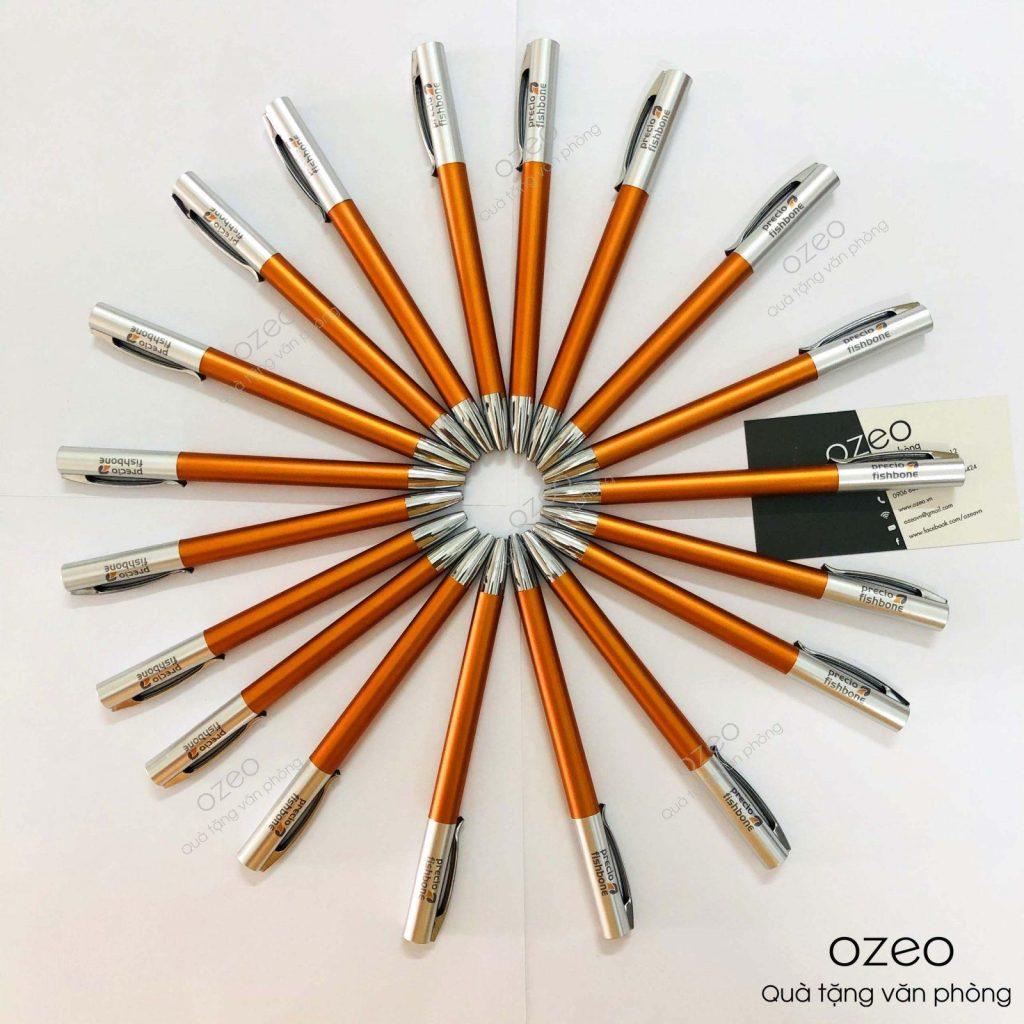 Bút bi nhựa giá rẻ BP6575 màu cam in logo