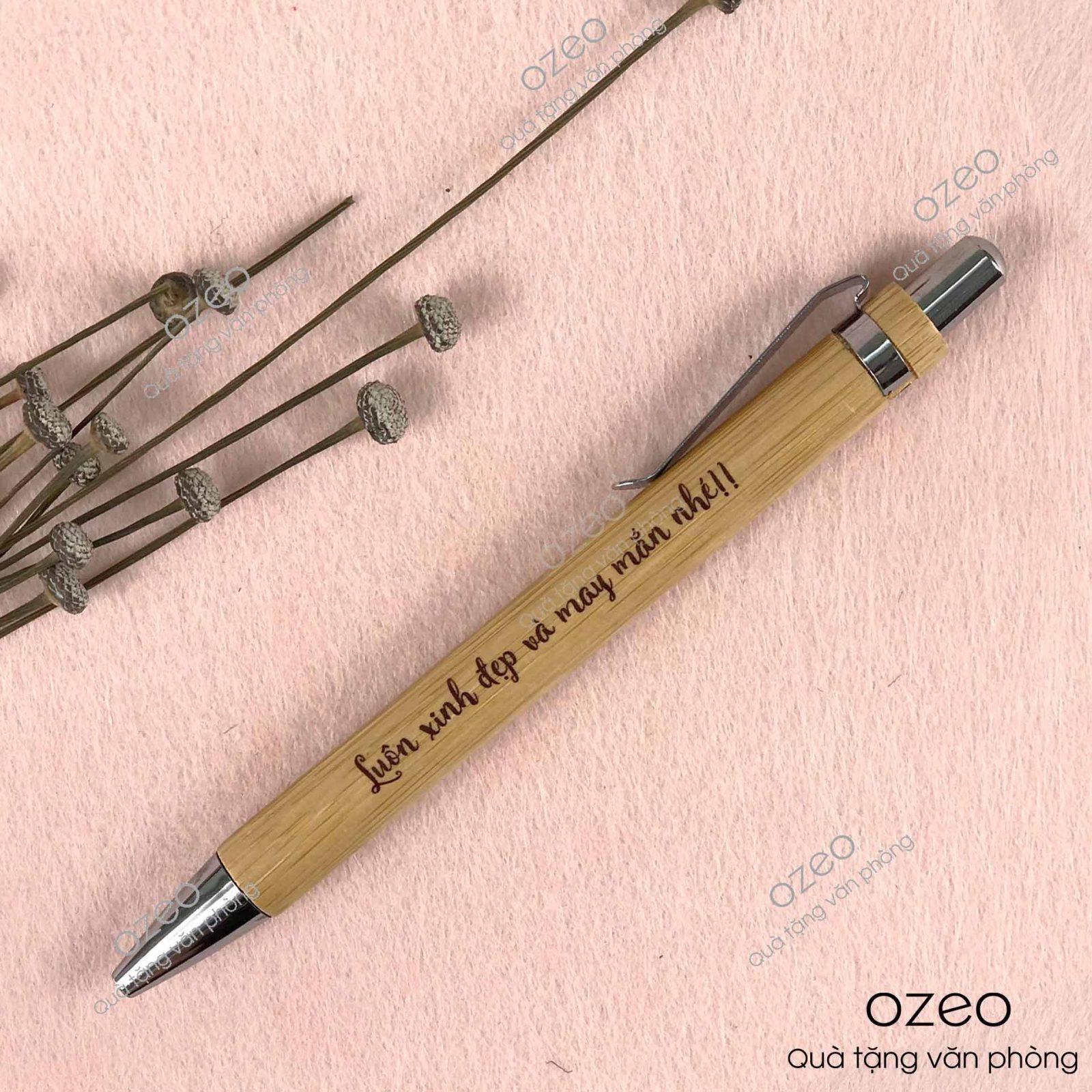 Bút gỗ tre BT0303 khắc/in chữ làm quà tặng mẹ.