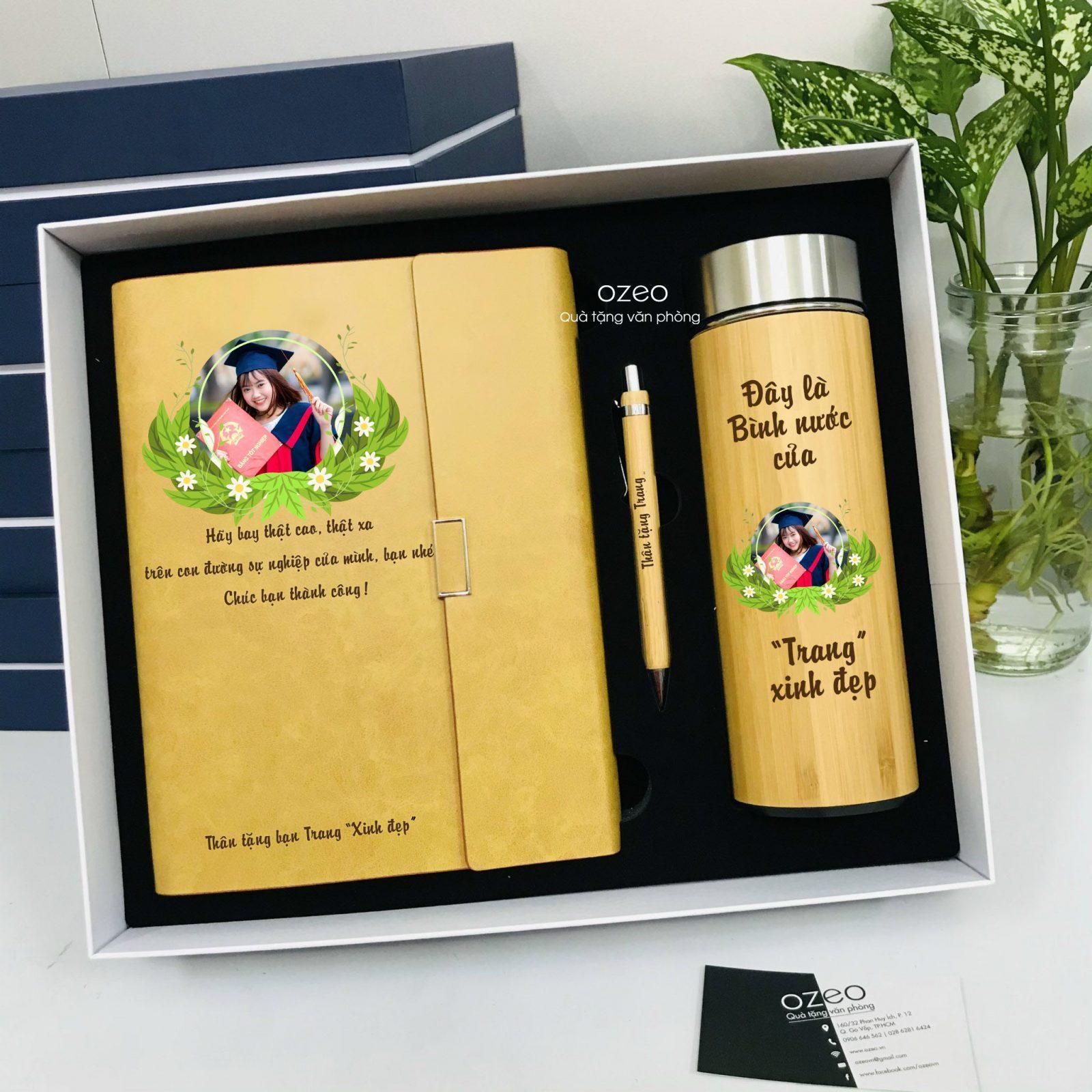 Bộ combo sổ tay, bút tre và bình giữ nhiệt vỏ tre in hình làm quà tặng tốt nghiệp