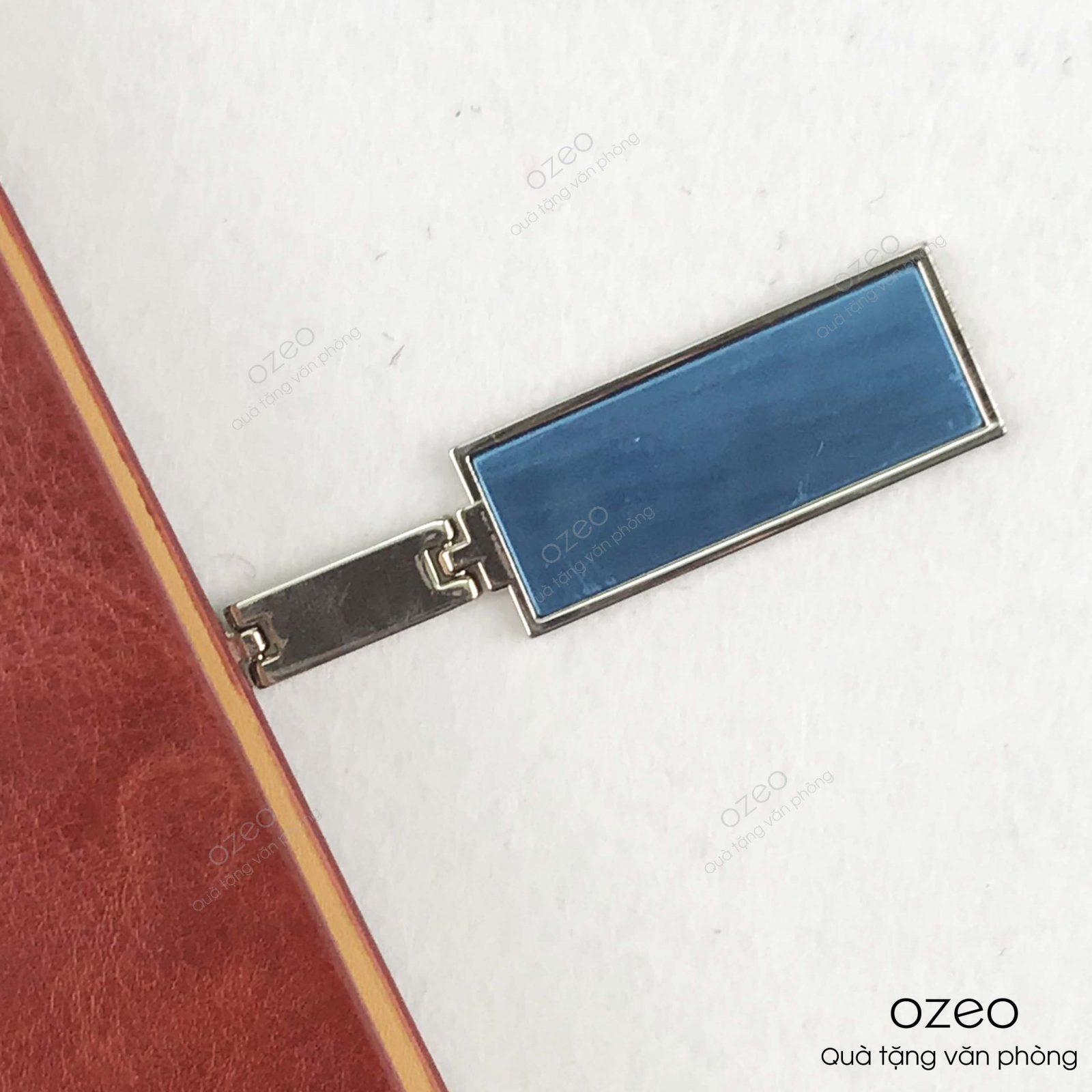 Phần khóa vuông nam chân hít của sổ tay bìa còng màu nâu KVA5 - 01N